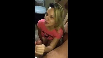 Porno mulata ninfeta gostosa fodendo com seu amigo escondido acabou no xvideos