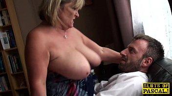 Sexoquente tv coroa gostosa safada dando corno em seu marido com o amante dotado